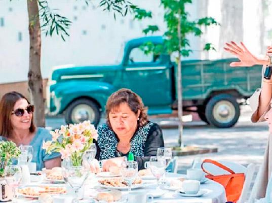 Directora Ejecutiva USEC en encuentro en Santuario Padre Hurtado.